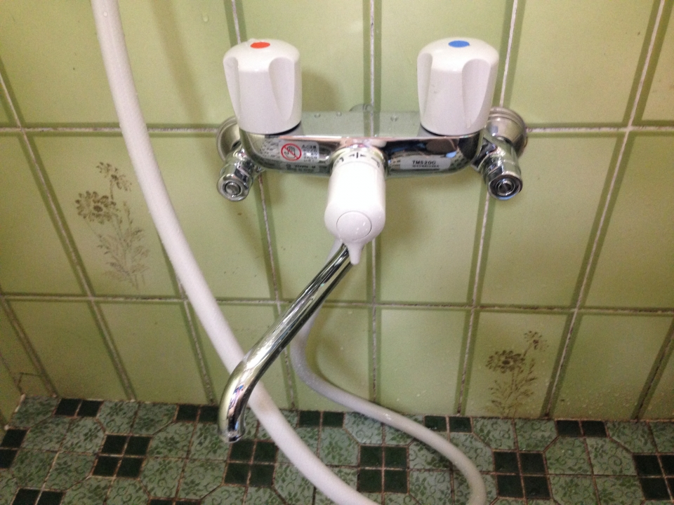 呉市海岸 浴室蛇口 蛇口水漏れ修理 蛇口交換