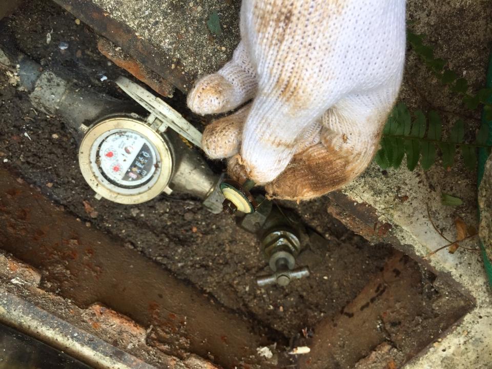 広島市西区己斐中 水道メーター止水栓 パッキン交換