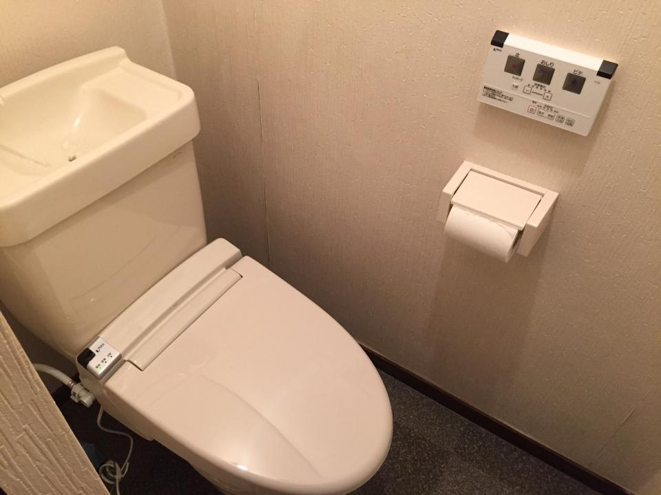 東広島西条土与丸 シャワートイレ取り付け ウォシュレット取り付け