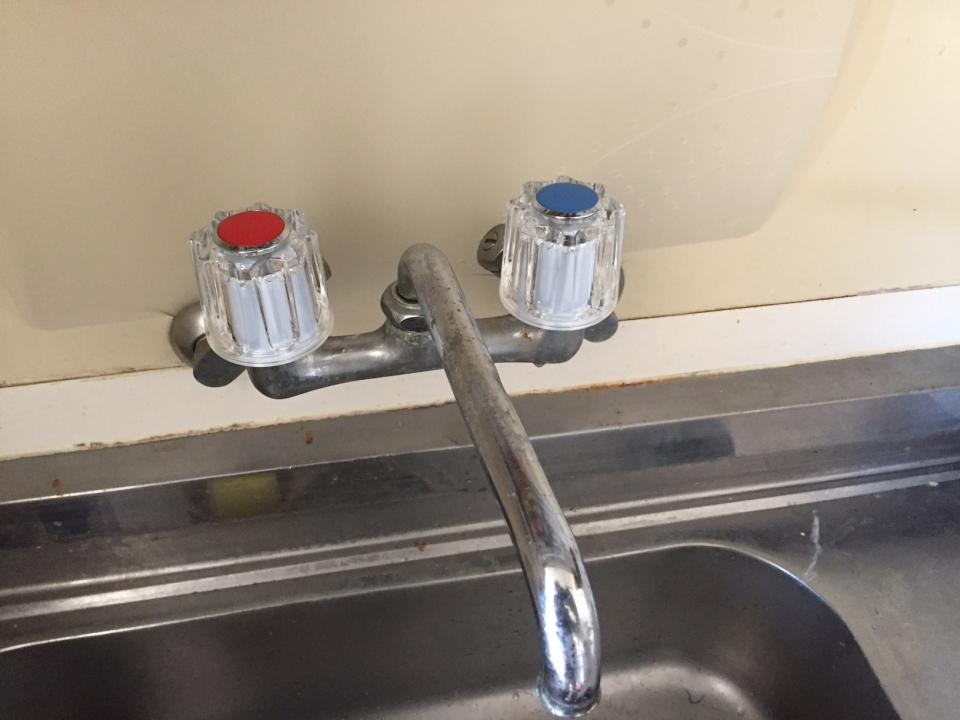 廿日市市地御前 台所蛇口水漏れ修理 部品交換
