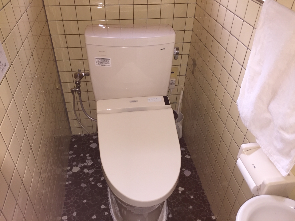 広島市安佐北区可部 トイレ水漏れ修理 便器交換 トイレリフォーム