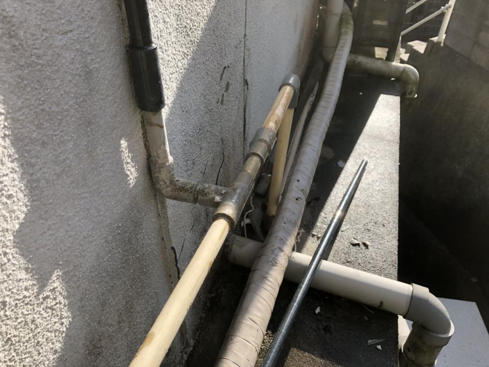 水まわりのトラブル | 水道管の凍結や破裂
